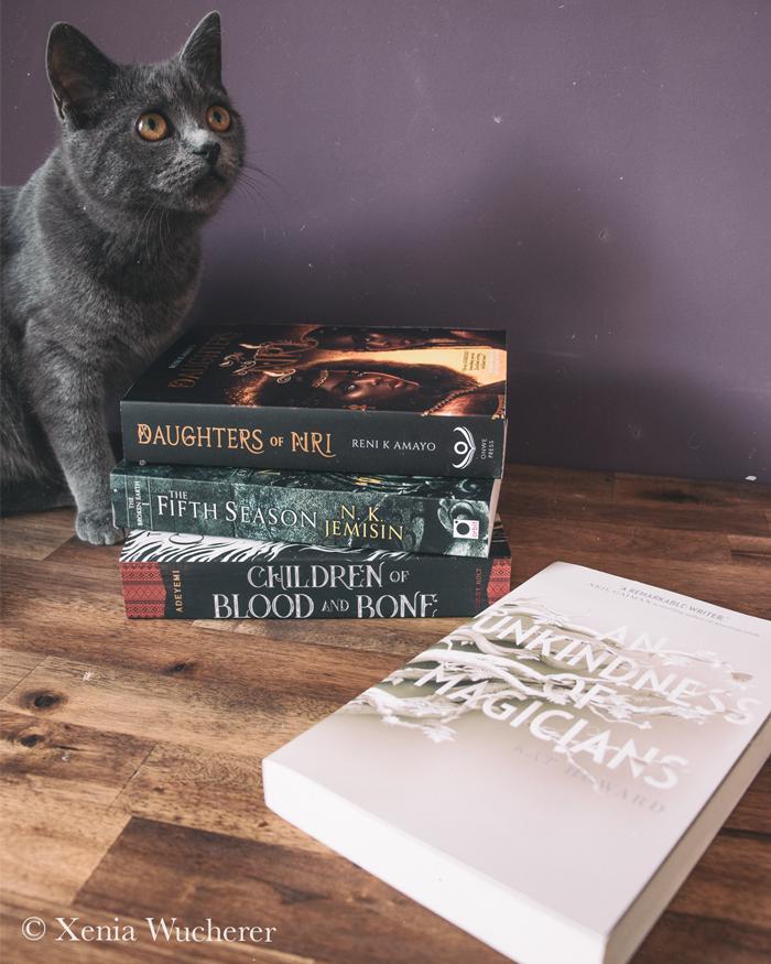 Diverse Bücher, die beim Sensitivity Reading gut abschneiden würden